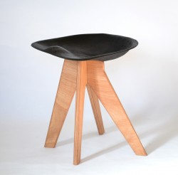 Design by: Francesco Frulio – The FiberFlax Stool
