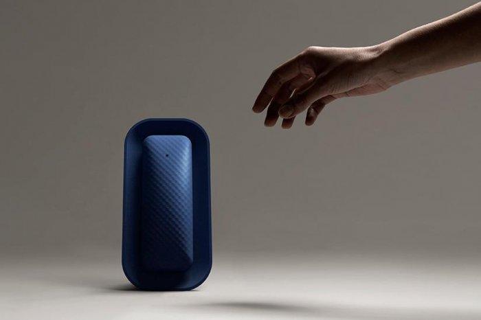 Layer Design - Home Phone - Design-Inspiration.net