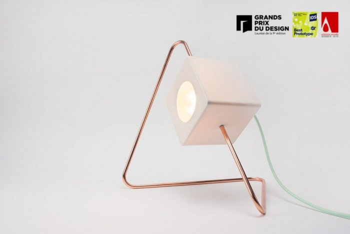 Chifen Cheng – Focal Point Lamp