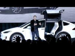 Elon Musk launches Tesla Model X  – YouTube