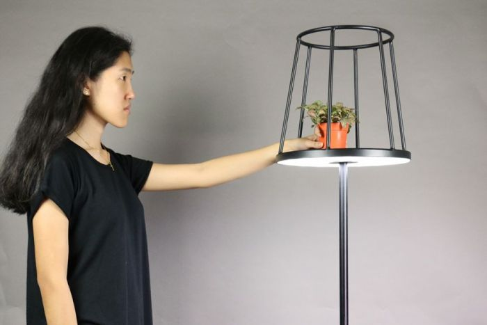 Kevin Chiam – Silhouette Floor Lamp