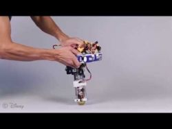 DisneyResearchHub – Untethered One-Legged Hopping in 3D Using Linear Elastic Actuator in P ...