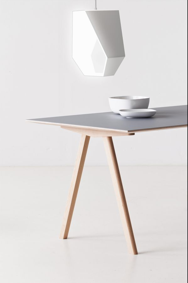 Daniel Szollosi – Poly the pendant lamp