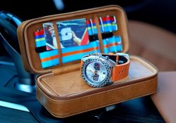 Straton Syncro watch and Racing inspired striped duffel bags – Kickstarter