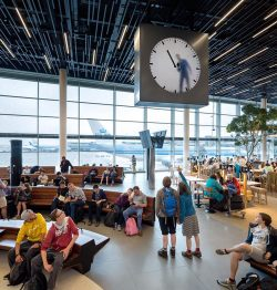 Maarten Baas – Schiphol clock