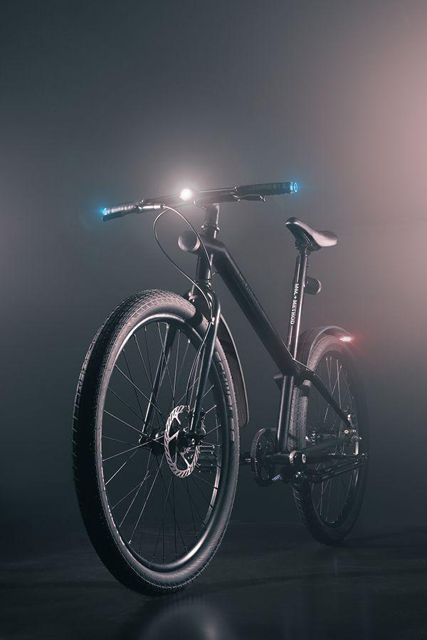mnml, Scott Wilson, Pascal RUELLE, Elie Ahovi, Ishmael Adams – BLACKLINE – The Bike  ...