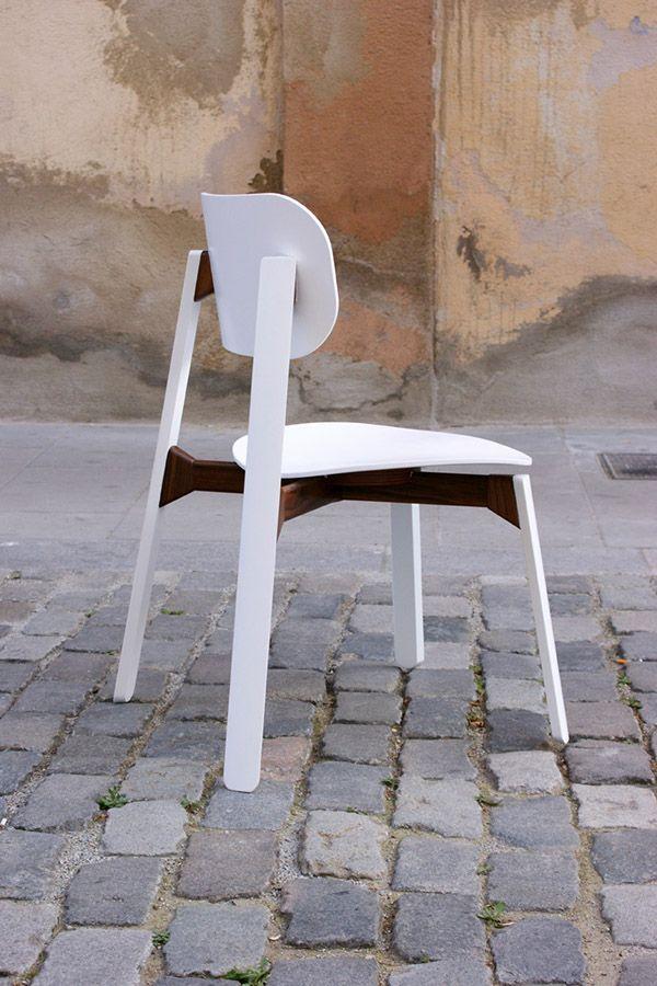 SquadOne Studio – BARK Chair – Prototyped