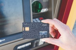 Fuze Card – Your Whole Wallet in One Card – Indiegogo