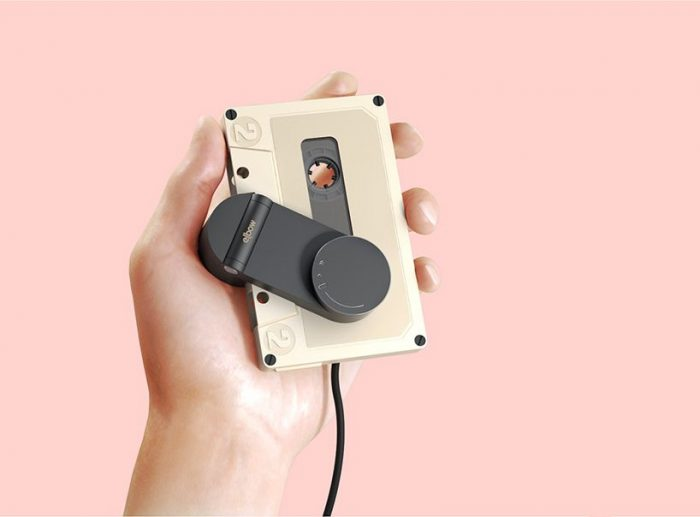 the elbow clip-on cassette player