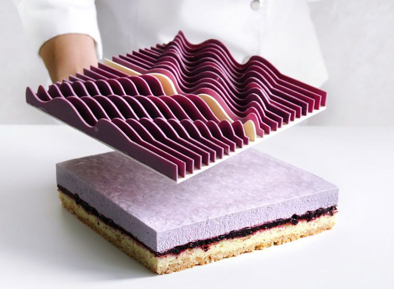 Dinara Kasko, José Margulis – Geometrical kinetic tarts