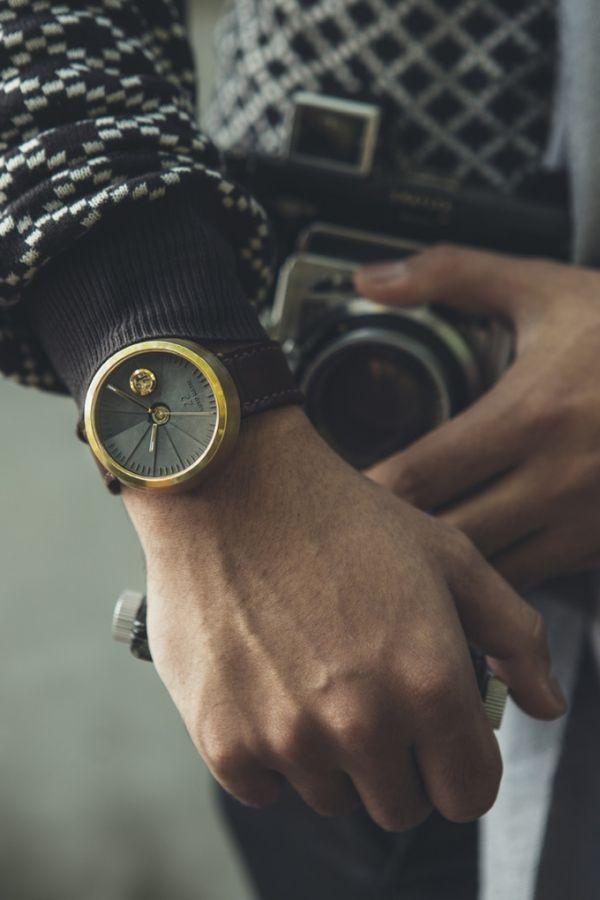 22 Studio – 4D Concrete Watch Automatic _ Energy, meet time & space – Kickstarter